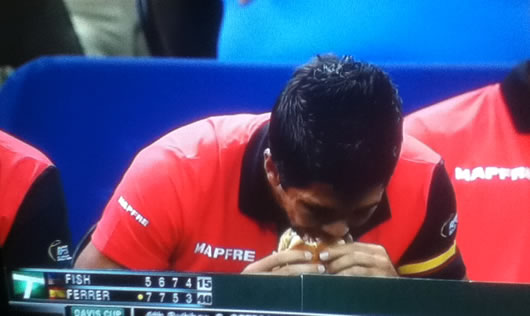verdasco-cheeseburger1