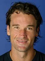 Picture of Carlos Moya - Moya_04_tn.jpg