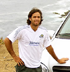 Picture of Fernando Gonzalez - gonzalez_car.jpg