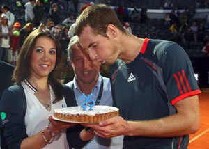 Picture of Andy Murray - murray-fb12-3.jpg